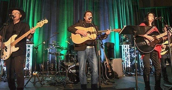 Dietrich and friends play to full house for Voices of the Prairies